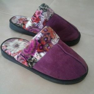 Vera Bradley House Shoes/Slippers NWOT